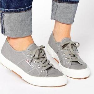Superga gray canvas tennis shoes size 38 / 8